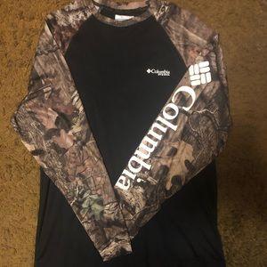 Columbia Omni-Shade Long sleeve (Medium)